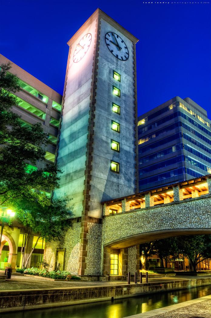 Los_colinas_clock_tower