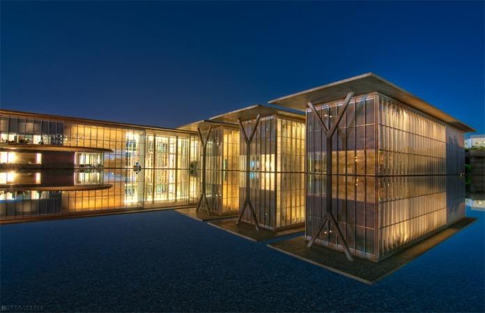 Modern_art_museum_2011-1-web