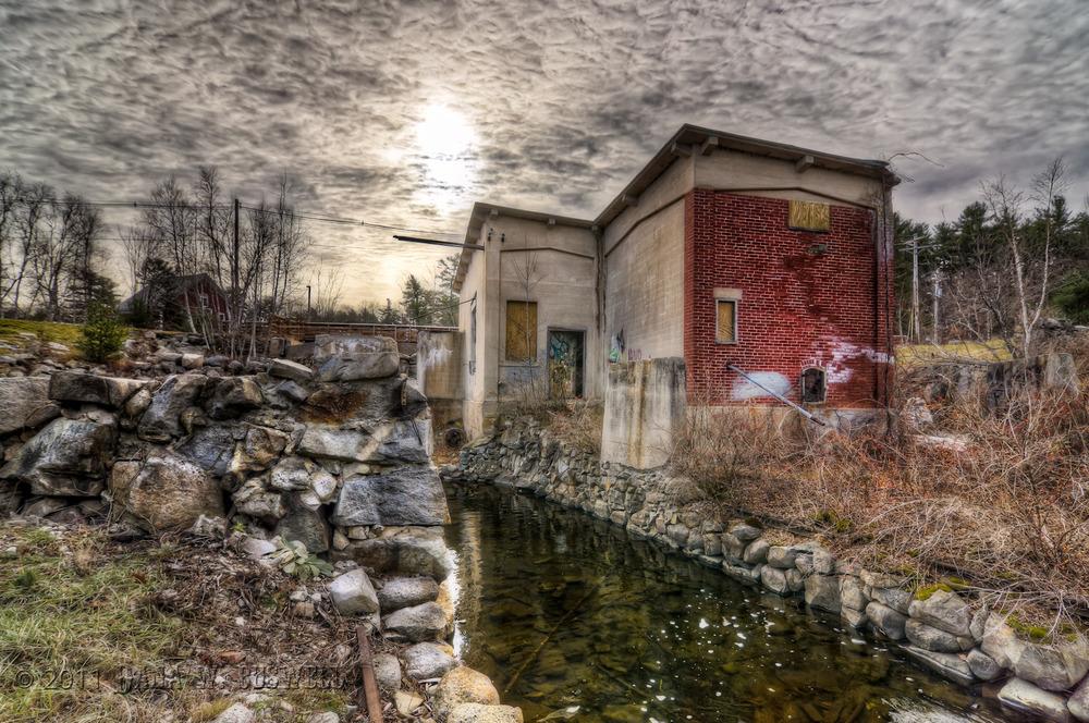 Waterwheel_ruins_hdr_v